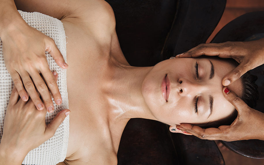 How are ayurvedic massage and CBD combined?