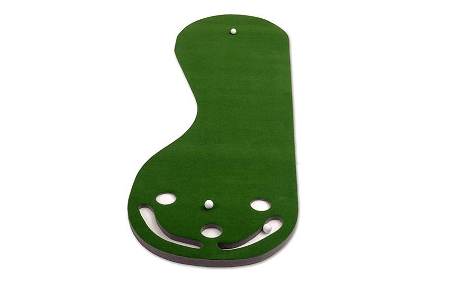 Par Three Putting Green from Putt-A-Bout