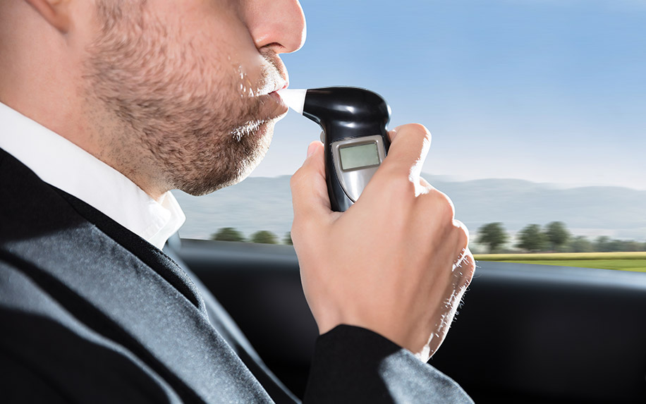 Cannabis breathalyzers for drug testing drivers