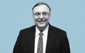 Dr Ron Schefdore, an expert in dental cannabis