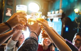 Cannabis Affects the Way People Drink Alcohol: Here's How