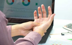 What Is Carpal Tunnel Syndrome and How to Treat It