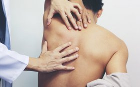 Defeating Middle Back Pain with Cannabis