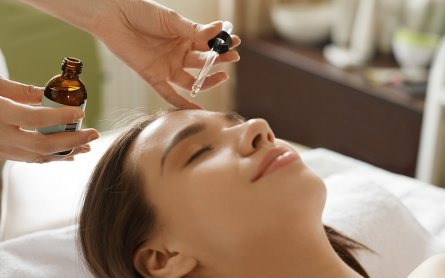 How to Treat the Top Skin Problems With Cannabis Serums